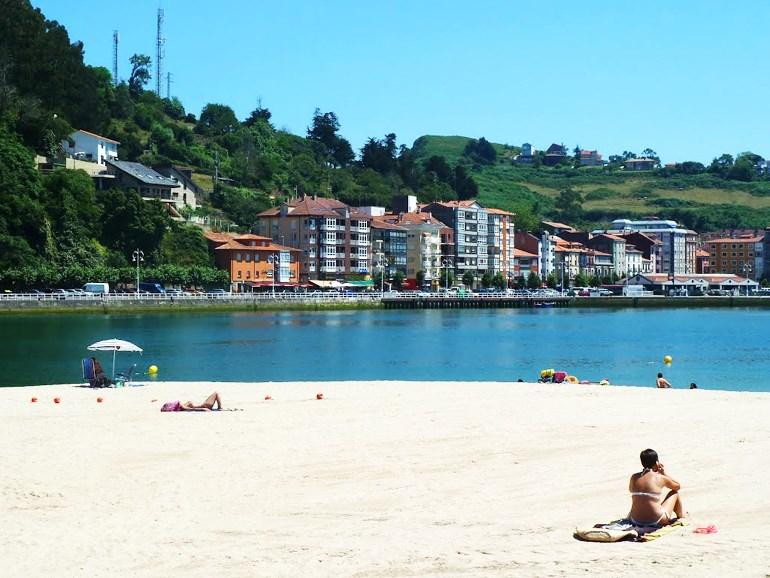 Playa de Ribadesella, Asturias