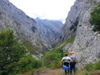 ruta-senderismo-bulnes-picos-europa-asturias